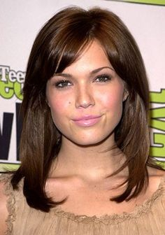 Medium Length Straight Hairstyle - my 2014 hairstyle. ;-) i should start finding brazilian blowout offers.