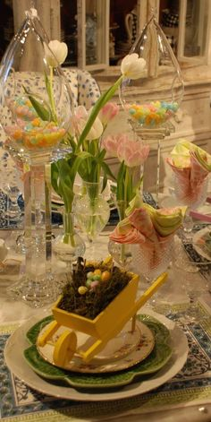 Nell Hill - spring table Easter Table, Easter Decor, Diy Projects Easter, Come Dine With Me, Easter Parade, Spring Party, Easter Celebration, Hoppy Easter, Table Settings