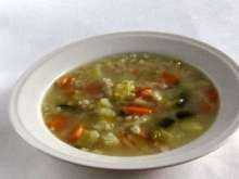 Kôprová smotanová polievka • Recept | svetvomne.sk Cheeseburger Chowder, Curry, Soup, Ethnic Recipes, Curries, Soups