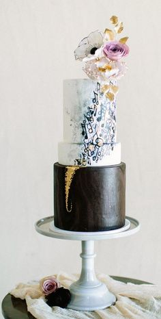 Adorable music themed black and white wedding cake; Featured Cake: Sweet Fix RVA (black drip cakes) Music Wedding Cakes, Music Themed Cakes, Music Cakes, Themed Wedding Cakes, Black And White Wedding Cake, White Wedding Cakes, Beautiful Wedding Cakes, Gorgeous Cakes, Pretty Cakes