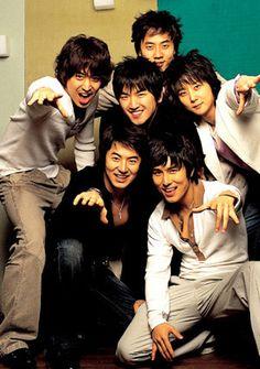 Shinhwa ♡  Eric Mun, Lee Min-woo, Kim Dong-wan, Shin Hye-sung, Jun Jin and Andy Lee