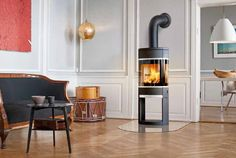 Modern design wood #stove #fireplace in a classical decor - Scan 68