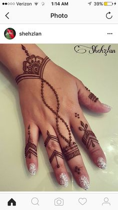 Beautiful henna design for any occasion! Beautiful henna design for any occasion! Cute Henna Designs, Henna Tattoo Designs Simple, Mehndi Designs For Beginners, Mehndi Designs For Fingers, New Mehndi Designs, Beautiful Henna Designs, Tattoo Simple, Traditional Henna Designs, Easy Henna Hand Designs