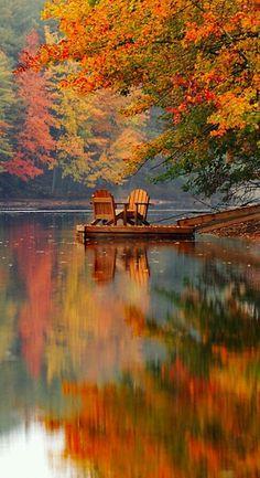 Beautiful fall colors by the lake Beautiful World, Beautiful Places, Beautiful Beautiful, Peaceful Places, Beautiful Scenery, Beautiful Moments, Beautiful Landscapes, Beautiful Nature Pictures, Nature Pics