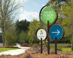 Nexton (temporary) by – Summerville, South Carolina – Willkommen in meiner Welt Zoo Signage, Signage Board, Directional Signage, Retail Signage, Outdoor Signage, Wayfinding Signage, Signage Design, Environmental Graphic Design, Environmental Graphics