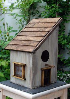 Bird House Kits Make Great Bird Houses Wooden Bird Feeders, Wooden Bird Houses, Bird House Feeder, Decorative Bird Houses, Diy Bird Feeder, Bird Houses Diy, Bird House Plans, Bird House Kits, Bird Tables