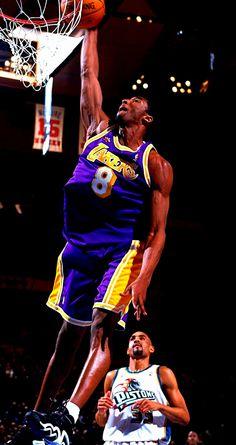 Kobe Flexes While Dunking, '98 All Star Game.