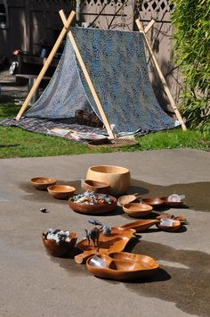 Outdoor small world play provocation - Stumping in the Mud ≈≈