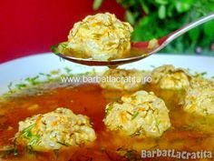 Ciorba de perisoare reteta Romanian Food, Romanian Recipes, Potato Salad, Cauliflower, Meals, Dishes, Chicken, Vegetables, Cooking