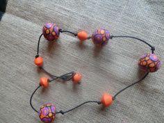 collana con boule di pasta polimerica con murrine in versione arancio