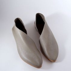 The Sandy PSG Pebbled Soft Grey flats Womens by SevillaSmith
