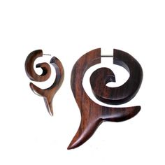 Pair-Fake-Faux-Hand-Carved-BROWN-DOLPHIN-TAIL-SPIRAL-GAUGES-EARRINGS-Wood-Steel