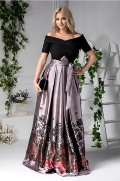 Stylish Dress Designs, Designs For Dresses, Stylish Dresses, Elegant Dresses, Cute Dresses, Beautiful Dresses, Modelos Fashion, Plus Size Gowns, Indian Gowns Dresses