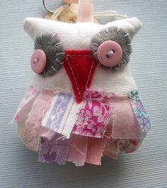 Owl keyring  Stitched keyring  softie keyring  by itsaMessyNest