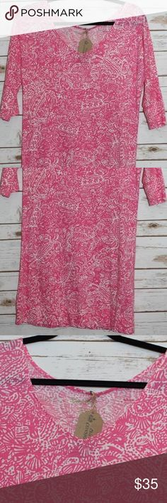 "Lilly Pulitzer T-Shirt Dress  Excellent condition 100% cotton Approx 34"" in length - price firm no trades. Buy for less at www.chicboutiqueconsignments.com Lilly Pulitzer Dresses"