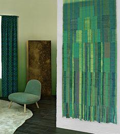 Tapestry by Sheila Hicks .Les tendances autour du salon