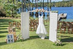 This rustic lakeside wedding with loads of gorgeous DIY details from Amy Allen Photography may just make you fall out of your chair it's so gorgeous!!