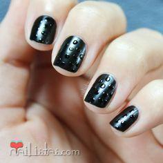 """Decoración de uñas fácil con """"gotas de lluvia"""""""