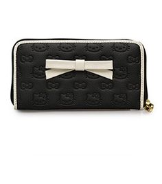 Hello Kitty Black/Cream Embossed Wallet With 3D Bow