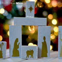 Architecture of a Mom: Rustic Wooden Children's Nativity Set
