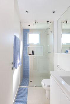 Conheça nosso post com 60 fotos lindas de banheiros modernos elegantes para você se inspirar. Confira todas dicas e ideias visuais para se inspirar.