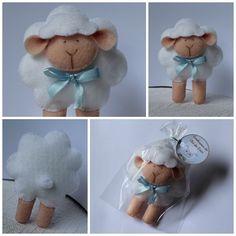 Lembrancinha de maternidade, batizado ou chá de bebê: ovelhinha modelo 2.