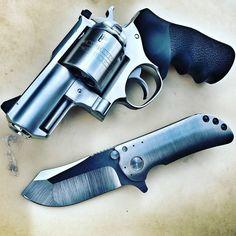 3,626 отметок «Нравится», 5 комментариев — LEGÍTIMA DEFESA®  (@legitimadefesa_br) в Instagram: «Ruger Super Redhawk Alaskan, .454Cassul / .45Colt.  CRÉDITO: @war_hulk  #gun #guns #gunporn…»