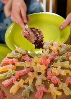 Pynt kaken med Laban Seigmenn FOTO:WERNERJUVIK