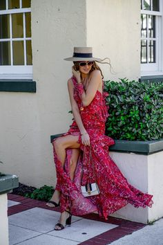 Gucci Papier Hat , Gucci Sylvie Bag outfit and Amur dress in Miami fashion bloggers routine   street style story by Tanya Litkovska   PALM BEACH  