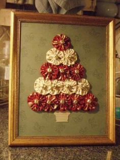 Yo-Yo Christmas Tree by craftypjhart - Cards and Paper Crafts at Splitcoaststampers by gay Shabby Chic Christmas, Christmas Sewing, Christmas Holidays, Christmas Wreaths, Christmas Ornaments, Christmas Letters, Christmas Projects, Holiday Crafts, Fabric Crafts