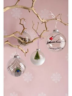 Make your season both merry and bright with these clever handmade ornaments, centerpieces, and other