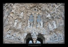 Sagrada Familia Entrance - © 2015, José Manuel González Núñez.