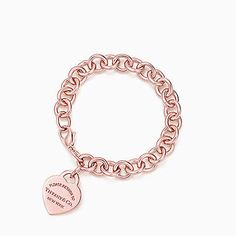 Return to Tiffany® heart tag bracelet in RUBEDO® metal, medium.