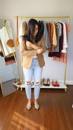 Blazer Outfits, Casual Winter Outfits, Stylish Outfits, Fashion Outfits, Womens Jeans Outfits, Work Outfits Women Winter Office Style, Winter Office Wear, Casual Attire For Women, Everyday Casual Outfits