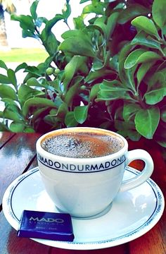 #turkishcoffee #coffeeoftheday #gununkahvesi #chocolate