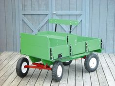 People who have ponies, goats or a garden tractor are always on the lookout for a small wagon to pull the kids and grandkids around the yard or farm.Up until now no one really sold the running gear and hardware kit to build pony cart like this. Horse Wagon, Horse Gear, Toy Wagon, Horse Tips, Mini Horse Cart, Kids Wagon, Mini Pony, Fifth Wheel Trailers, Running Gear