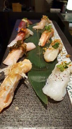 Hashigo Sushi Sushi Love, Best Sushi, Nigiri Sushi, Sashimi, Sushi Ideas, Seafood Recipes, Cooking Recipes, Sushi Donuts, Sushi Burger