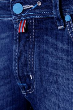 Denim Jeans Men, Casual Jeans, Casual Shirts, Outfit Man, Types Of Jeans, Denim Art, Diesel Jeans, Trouser Pants, Cool Outfits