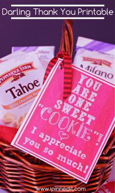 A Very Sweet and Yummy Thank You Gift Idea Using Cookies! {Free Printable!}