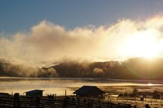 Lago Frío | Flickr - Photo Sharing! #nature #rural #patagonia #nature #lake #amanecer #cold #clouds