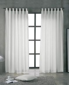 Cortinas de jareta Home Curtains, Curtains Living, Living Room Windows, Curtains With Blinds, Living Room Interior, Living Room Decor, Feature Wall Bedroom, Bedroom Wall, Color Block Curtains