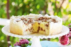 Wrapped in flaky pastry and rippled with nuts in honey-cinnamon syrup, this clever cheesecake is pure gold.