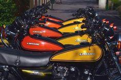 Kawasaki 900, Kawasaki Motorcycles, Cars And Motorcycles, Japanese Motorcycle, Bike Parts, Classic Bikes, Super Bikes, Cool Bikes, Motorbikes