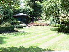 Hampstead Garden Suburb, Garden Garden Design, Golf Courses, Sidewalk, Side Walkway, Walkway, Landscape Designs, Walkways, Pavement, Yard Design