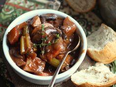 PORTOBELLO VEGAN BEEF(LESS) STEW | #Vegan #Stew #Recipe