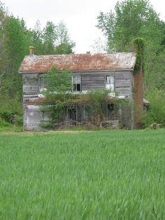 Suffolk Virginia, Suffolk Va, Old Buildings, Abandoned Buildings, Abandoned Places, Haunted Places, Haunted Houses, Derelict House, Virginia History