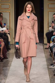 Tod's Fall 2015 Ready-to-Wear Fashion Show: Complete Collection - Style.com