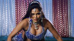 Pee Lehani Vilayati Sharab | Hot Seema Singh | Bhojpuri Movie Ee Kaisan ...