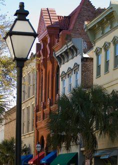 Charleston, King Street, between Calhoun Street and Burns Lane