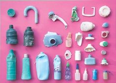 After visiting Hawaii's Kamilo beach, one of the closest pieces of land to the great swirling garbage patch in the Pacific Ocean, Sophie Thomas shares photos of items she found Beach Pollution, Water Pollution, Plastic Pollution, Plastic Beach, Plastic Art, Sophie Thomas, Waste Art, Plastic Problems, Trash Art